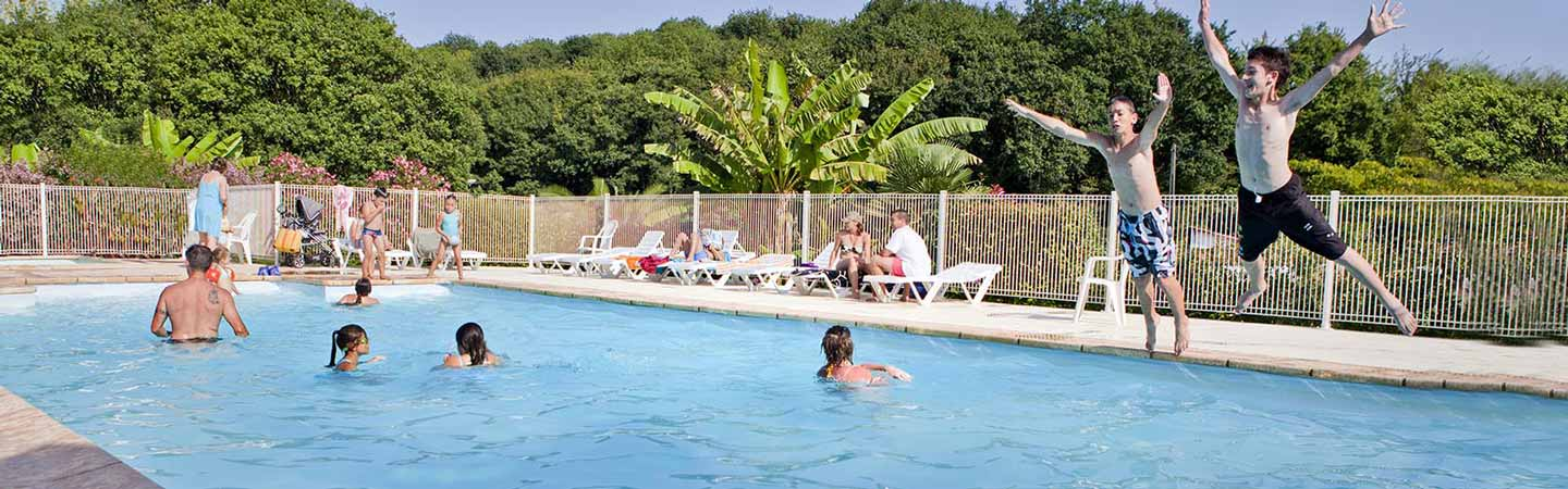 location camping piscine hendaye